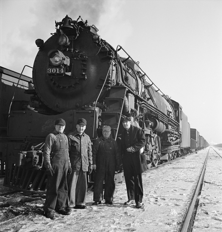 C&NW Crew and Train