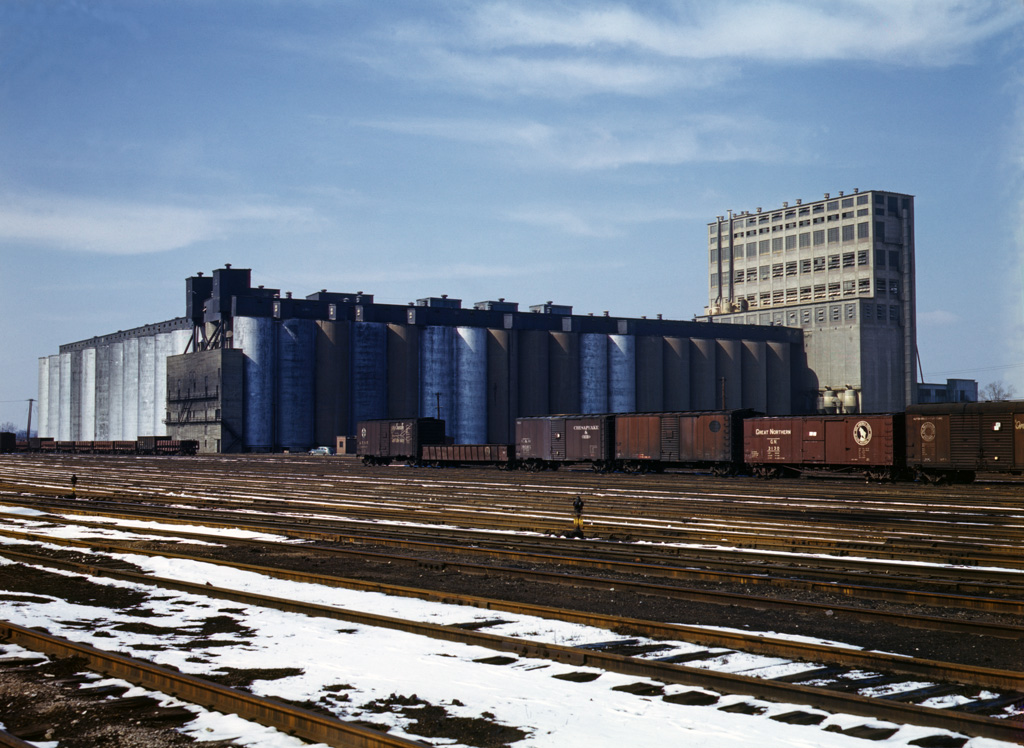 Giant AT&SF Grain Elevator