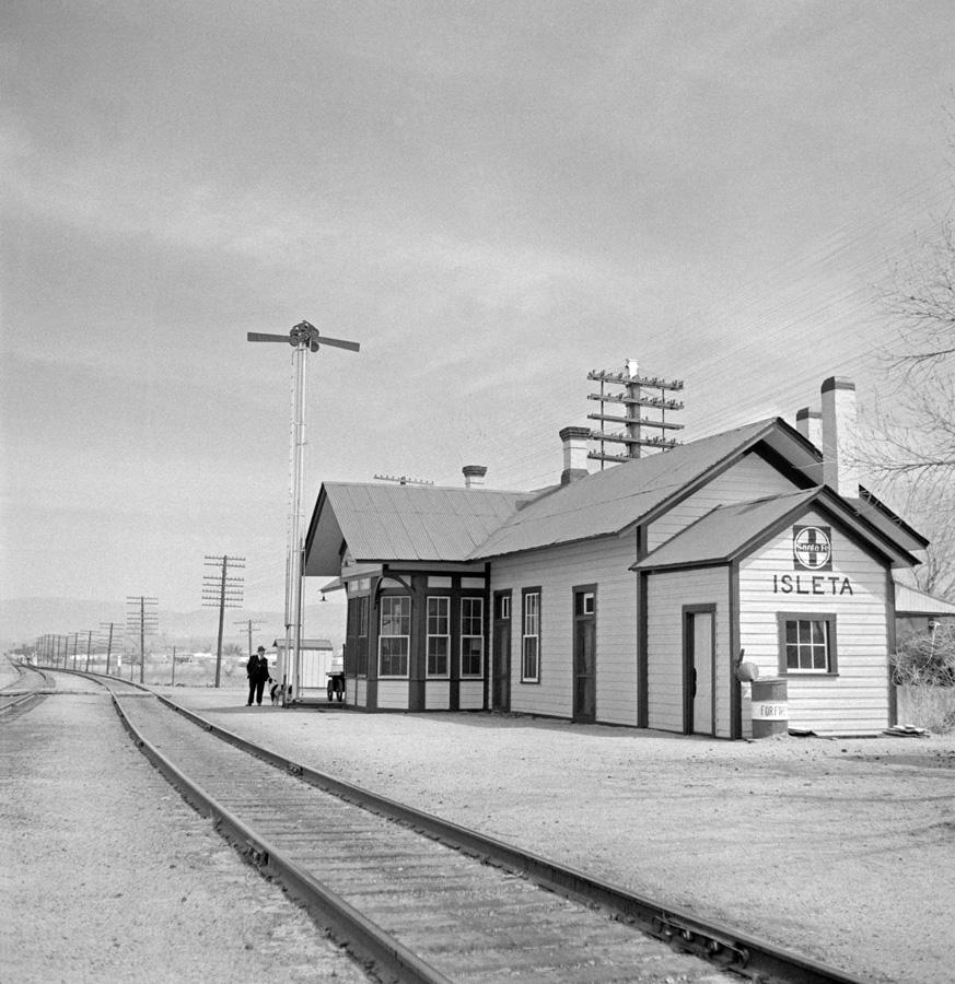 AT&SF Depot at Isleta, New Mexico